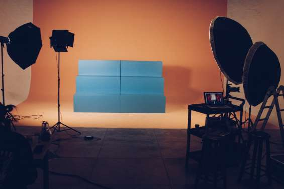 Hire photography and videography studio on rent in new delhi india | bring it online