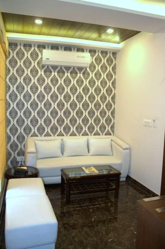 Looking five star hotel in gwalior?