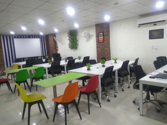 Get the best coworking space in dwarka at a reasonable prize.