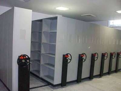 Mobile compactor manufacturers