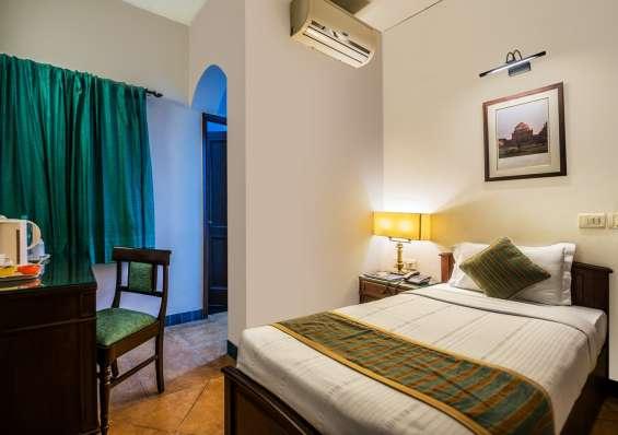 Budget bed & breakfast in new delhi