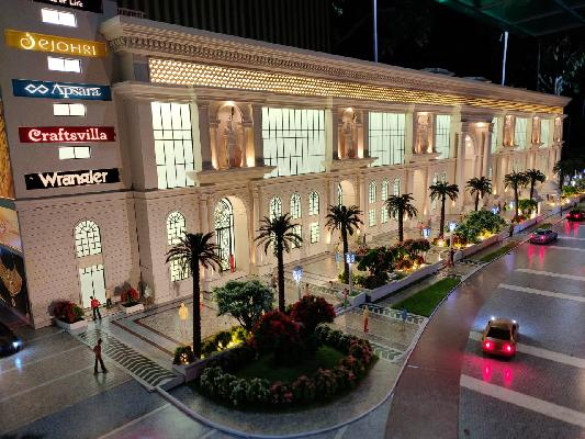 Shops/offices for sale at chandni chowk delhi with guaranteed returns